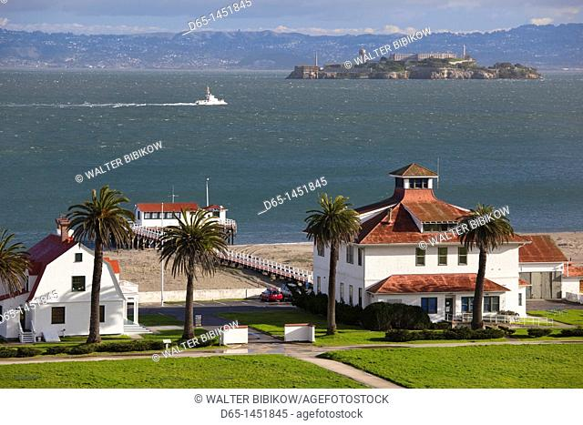 USA, California, San Francisco, The Presidio, Golden Gate National Recreation Area, Crissy Field Park Visitor Center, elevated view with Alcatraz Island