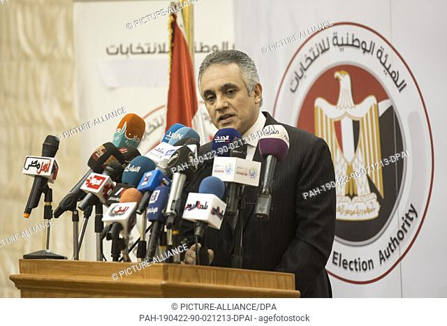 22 April 2019, Egypt, Cairo: Mahmoud Helmy el-Sherif, Deputy Chairman and spokesman of the Egyptian National Election Authority (NEA) speaks during a press...