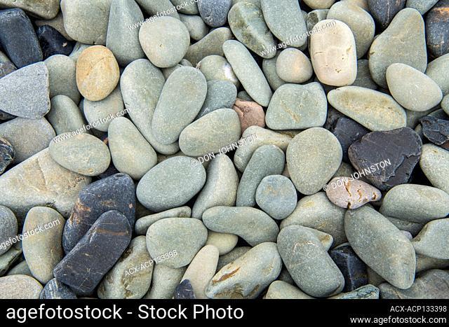 Brimstone Head Cove beach stones