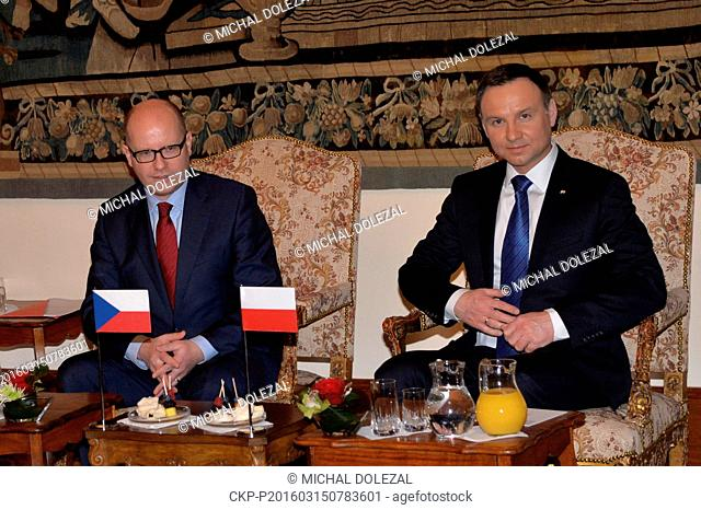 Polish President Andrzej Duda (right) and Czech Prime Minister Bohuslav Sobotka (left) talked about the cooperation in the Visegrad Group (V4) comprised of the...
