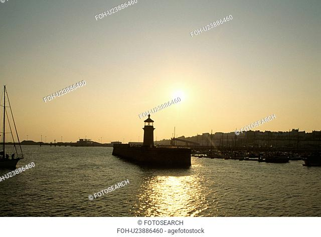 Lighthouse at the end of the quay at Ramsgate at sunset