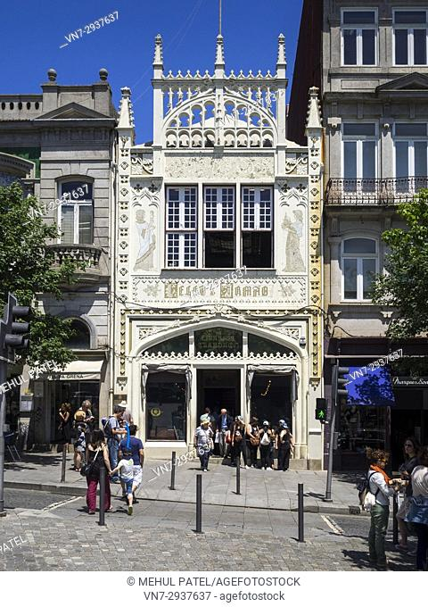 Exterior and entrance of the Livraria Lello (Lello bookstore) - Porto, Portugal. The bookstore is one of the oldest in Portugal and was once recognised by...