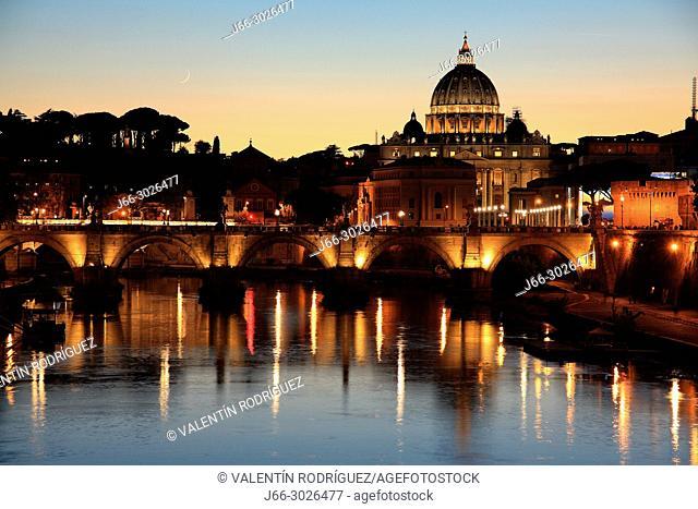 Basílica Sant Pietro and Tevere river from the bridge Umberto I. Rome. Italy