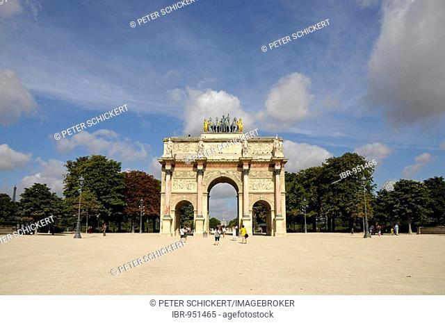 Arc de Triomphe du Carrousel, a triumphal arch near the Louvre in Paris, France, Europe