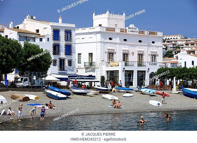 Spain, Catalonia, Costa Brava, Cadaques, the beach and the casino