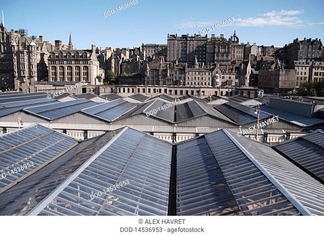 Scotland, Edinburgh, Old town and Waverley railway station