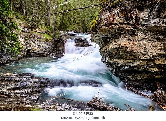 Canada, Alberta, Banff National Park, Banff, Bow Valley Parkway, Johnston Canyon, Lower Falls
