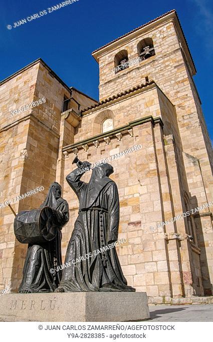 Zamora, Merlu Memorial of Semana Santa by Antonio Pedrero Yeboles,1996, San Juan Bautista Church, XIIth, XIIIth and XIVth Centuries, Plaza Mayor, medieval