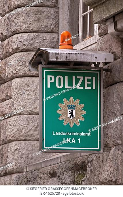 Sign, Polizei, Landeskriminalamt LKA 1, German for police, LKA 1 State Investigation Bureau, LKA 1, state police office in Berlin, Germany, Europe
