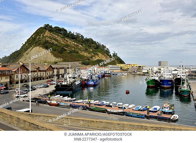Fishing boats in Getaria, Guipuzkoa, Basque Country, Spain, Europe