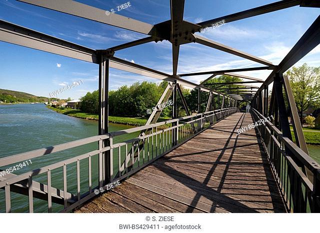 Dortmund-Ems Canal with historic bridge Bevergerner Steg, Nasses Dreieck, Germany, North Rhine-Westphalia, Muensterland, Hoerstel