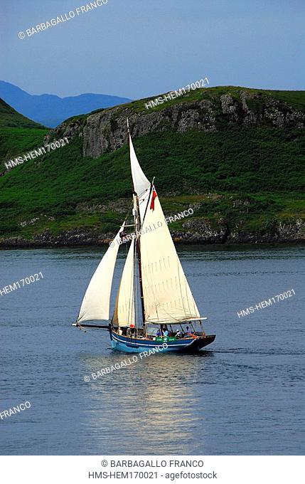 United Kingdom, Scotland, Western Isles, Mull Island, sail boat