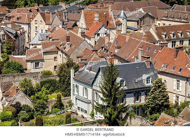 France, Oise, Senlis, rooftops