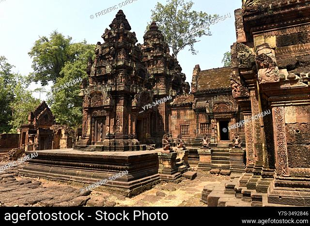 Banteay Srei , Citadel of the Women, a 10 th century Cambodian temple dedicated to the Hindu god Shiva, Siem Reap province, Cambodia, South East Asia