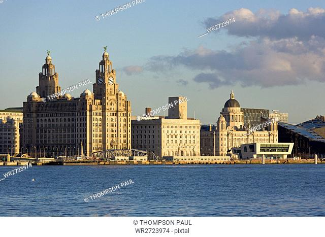 Liverpool, Three Graces, Liver Building, Port of Liverpool Building, Port Authority Building, Cunard Building, UNESCO, World Heritage Site, Mersey, river
