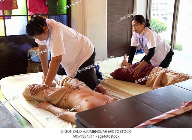 Massage bangkok thai RueanSabai Thai
