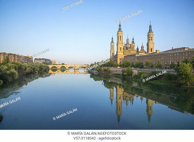 River Ebro and El Pilar basilica. Zaragoza, Spain