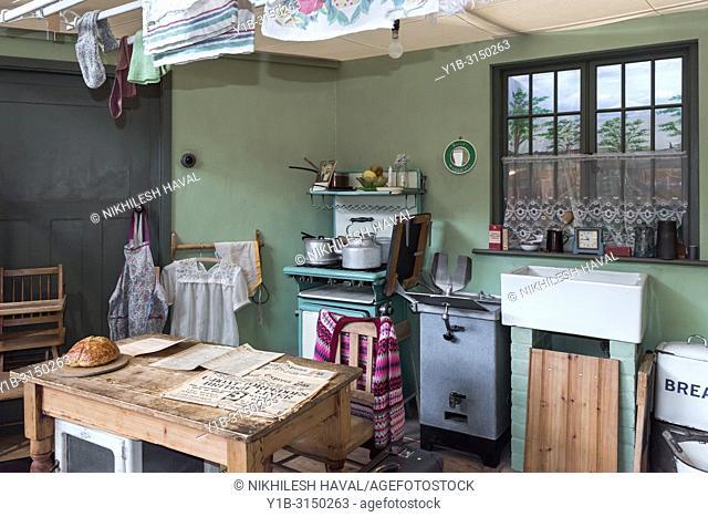 1930's Kitchen Dining room, Milestones Museum, Basingstoke, Hampshire, UK