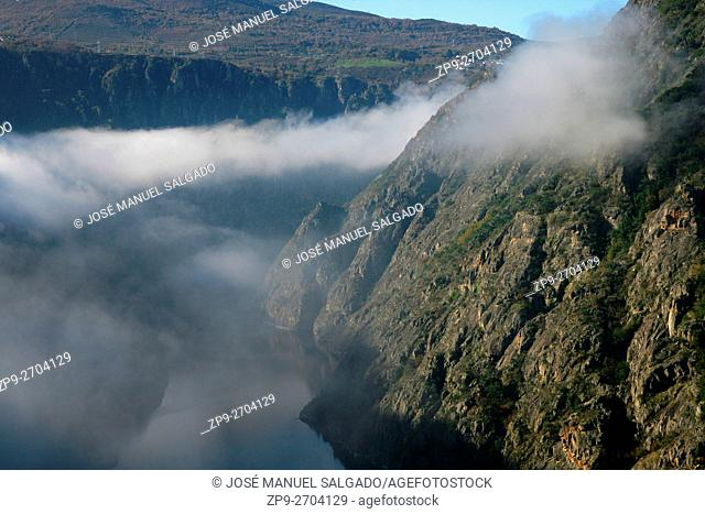 """Fog on the river Sil Canyon, between the provinces of Ourense and Lugo, in the so-called """"""""Ribeira Sacra"""""""""""