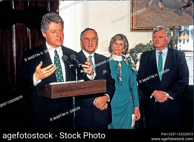 United States President Bill Clinton makes remarks as he participates in the annual presentation of a bowl of shamrocks honoring St