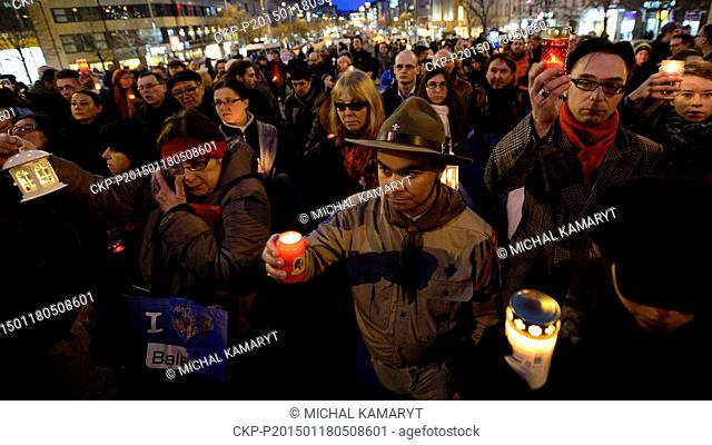 Some 200 people took part in a march with candles from the grave of student Jan Palach (1948-1969) to commemorate the 46th anniversary of his self-immolation...