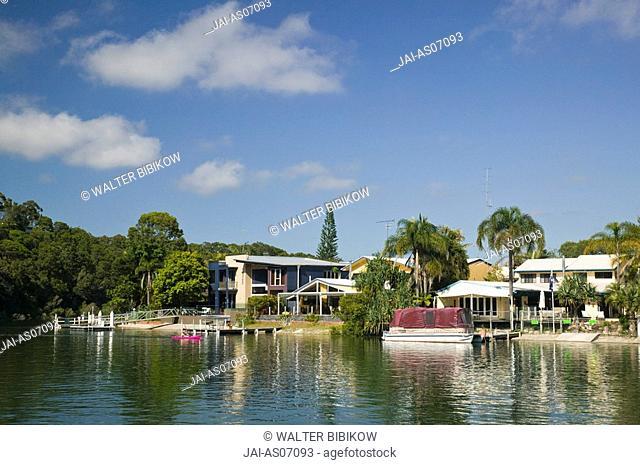 Australia, Queensland, Sunshine Coast, Noosa Heads, Creekside Houses