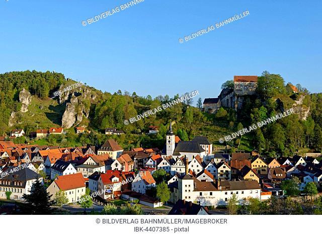 Pottenstein Castle, Franconian Switzerland, Upper Franconia, Bavaria, Germany