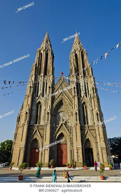 St. Philomenas Cathedral decorated for Christmas Eve in Mysore, India, Asia