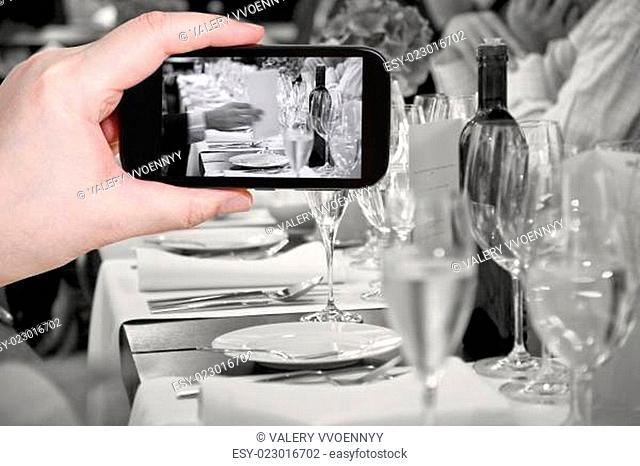 tourist photographs of beginning official dinner