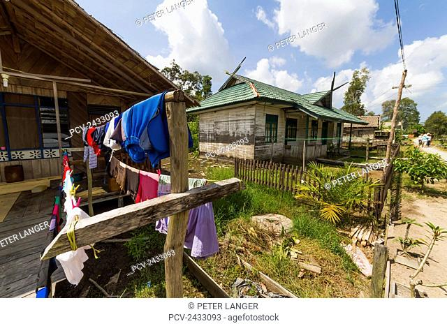 Stilt houses, Sei Sekonyer, Central Kalimantan, Borneo, Indonesia