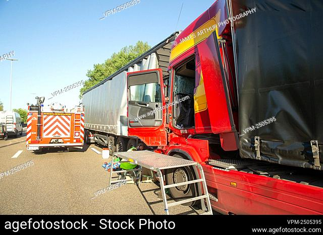 Illustration picture shows the scene of a second traffic accident involving trucks, on the E17 highway in the direction of Ghent and Kortrijk