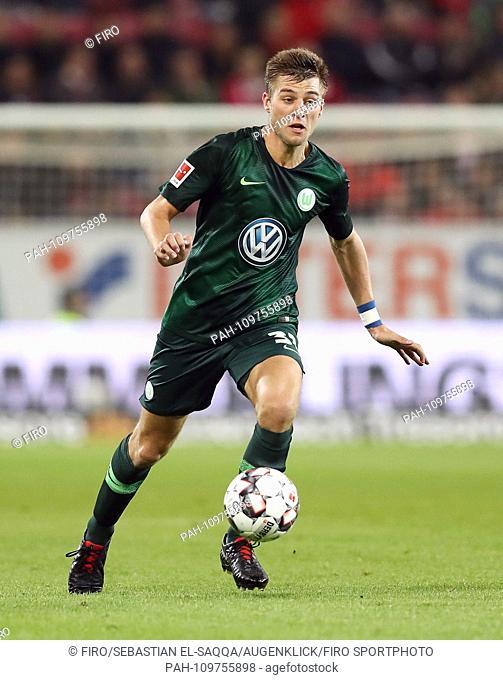 firo: 26.09.2018 Football, Football: 1. Bundesliga, Season 2018/2019 FSV FSV FSV Mainz 05 - VfL Wolfsburg 0: 0 VfL Robin Knoche, single action | usage worldwide