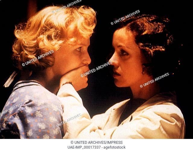Aimee & Jaguar, (AIMEE & JAGUAR) D 1999, Regie: Max Färberböck, JULIANE KÖHLER, MARIA SCHRADER