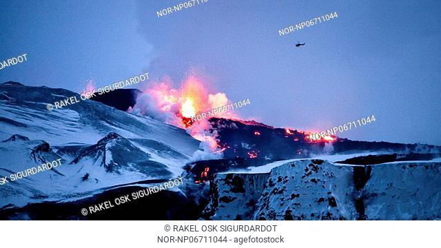 Volcanic eruption in South Iceland, image shot 2. April 2010