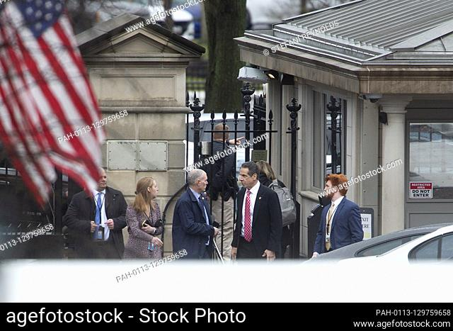 New York State Governor Andrew Cuomo arrives to the the White House in Washington D.C., U.S., for an Oval Office meeting with United States President Donald J