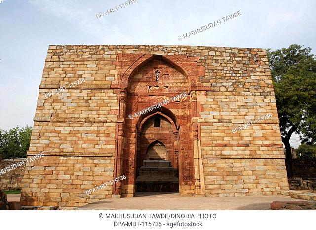 Iltumish's tomb in Qutb Minar complex built in 1311 red sandstone , Indo-Muslim art , Delhi sultanate , Delhi , India UNESCO World Heritage Site