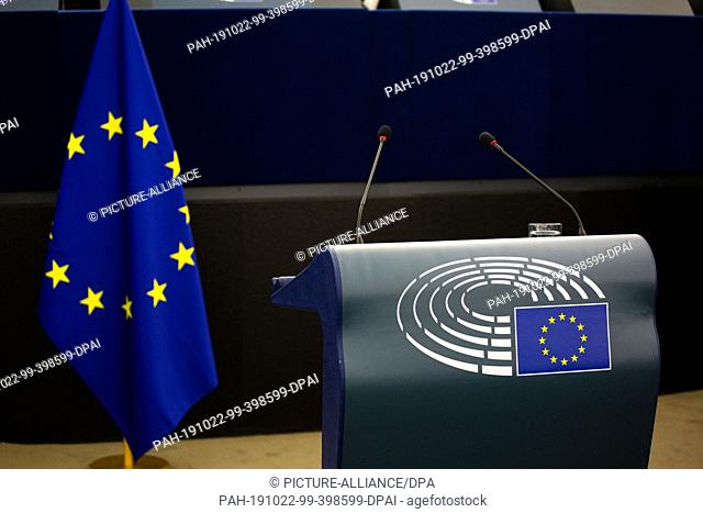 22 October 2019, France (France), Straßburg: A lectern and a flag of the European Union will be placed in the plenary hall of the European Parliament
