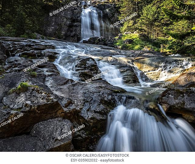 Mountain waterfall at Pont d'Espagne