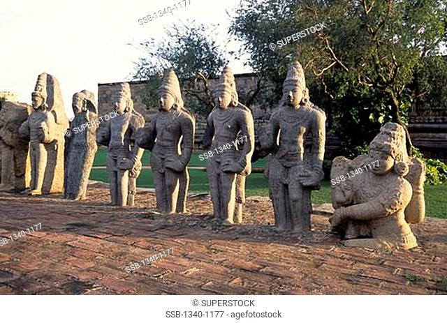 Sculptures at a temple, Siva Temple, Gangaikonda Cholapuram, Tamil Nadu, India