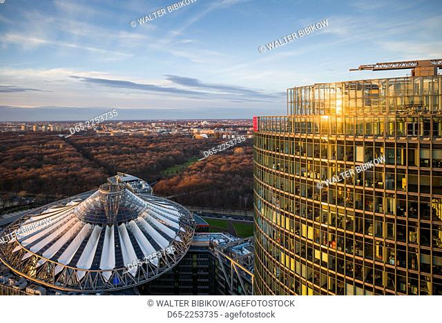 Germany, Berlin, Mitte, Panorama Punkt-Potsdamer Platz, elevated view towards the Sony Center and DB buildings, dusk