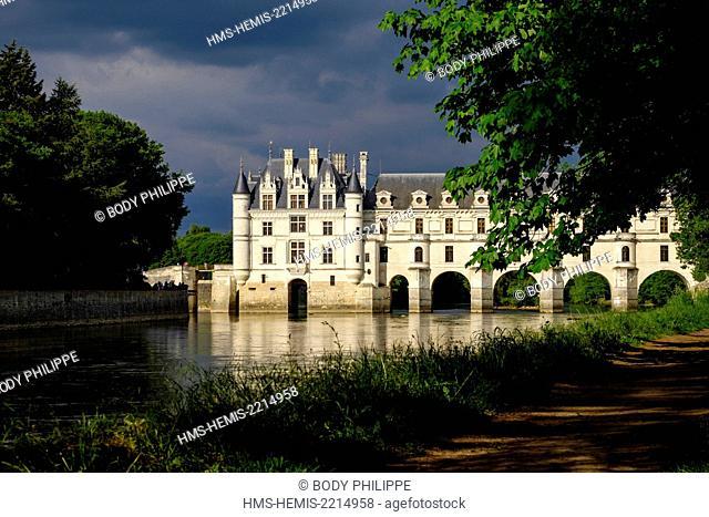 France, Indre et Loire, Loire Valley, castle of Chenonceau, built between 1513 - 1521 in Renaissance style, over the Cher river