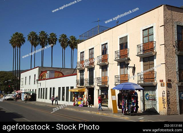 Street scene from the city center, Tlaxcala, Tlaxcala State, Mexico, Central America