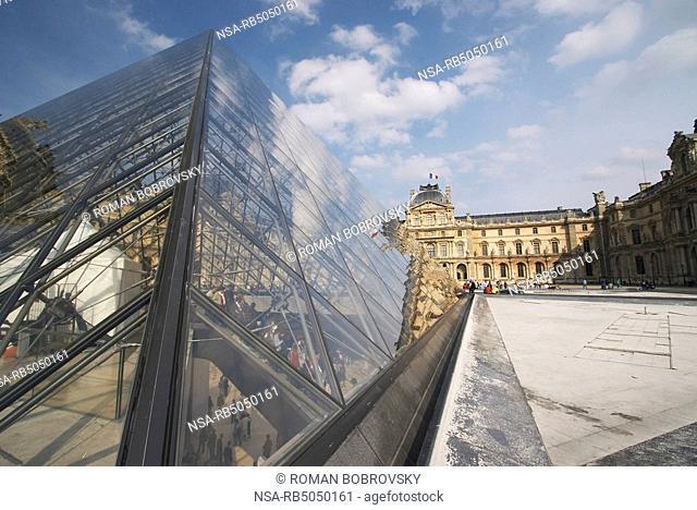 Pyramid Architect Ieoh Ming Pei and Musée du Louvre, Paris
