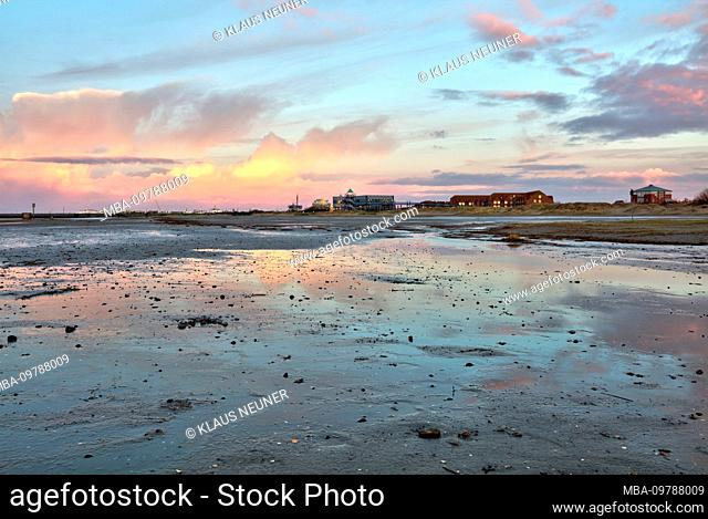 Wadden Sea, evening, dusk, blue hour, north dike, north, North Sea, Ostfriesland, Lower Saxony, Germany