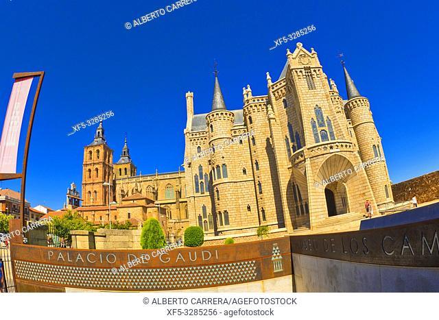 Episcopal Palace and Cathedral of Astorga, Astorga, León, Castilla y León, Spain, Europe