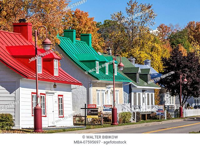 Canada, Quebec, Ile d'Orleans, Saint-Jean, traditional houses