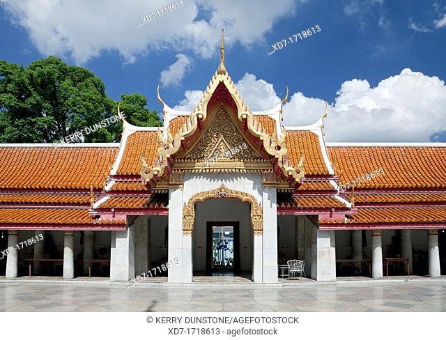 Inner Sanctum and cloisters, Wat Benchamabophit Marble Temple, Banglamphu, Bangkok, Thailand