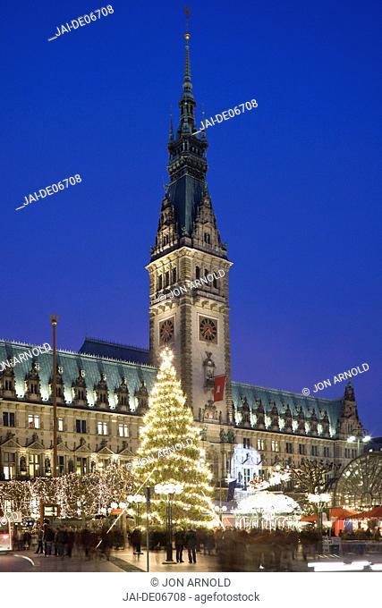 Christmas Market, Rathaus, Hamburg, State of Hamburg, Germany