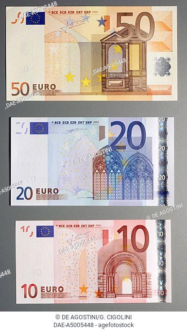 Banknotes of 5, 10, 20 euro, reverse. Europe, 21st century