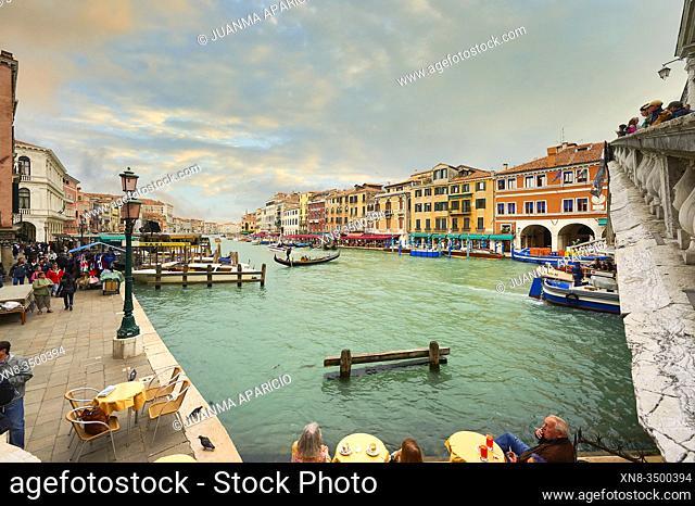 View of the Grand Canal from Rialto Bridge, Venice, Veneto, Italy, Europe